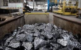 Thế giới đối mặt với cú sốc mới: Chưa đầy 2 tháng, một kim loại được dùng để sản xuất mọi thứ tăng giá 300%
