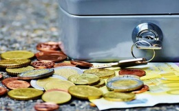 Tại sao chúng ta thường chi tiêu vượt quá ngân sách trong kỳ nghỉ của mình?