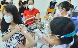 Việt Nam tiếp nhận gần 2 triệu liều vaccine Covid-19 viện trợ