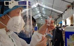 Người dân có thể chủ động đăng ký tiêm vắc xin COVID-19 mũi 2