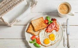 """Trứng gà có 3 thứ là """"kẻ thù không đội trời chung"""", nếu ăn cùng nhau dễ """"nuôi"""" ung thư hoặc gây ngộ độc thực phẩm"""