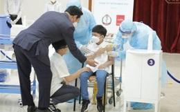 Kinh nghiệm tiêm vaccine Covid-19 cho trẻ em ở các nước