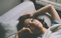 Cứ nhắm mắt ngủ lại thấy cơ thể xuất hiện 4 dấu hiệu kỳ lạ này, bạn cần phải đi khám ung thư khẩn cấp