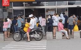 """Một siêu thị ở TP.HCM phải tạm ngừng hoạt động vì có lúc đông """"không có lối đi"""""""