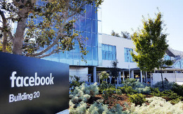 Không chỉ cư dân mạng, Facebook sập nhân viên Facebook cũng khốn khổ: Đi làm nhưng không vào được công ty, phải chuyển sang nhắn tin SMS để trao đổi công việc
