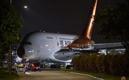 Hình ảnh độc nhất vô nhị: Siêu máy bay A380 xếp hàng đi trên đường phố Singapore và cái kết buồn cho những gã khổng lồ của bầu trời