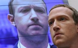 """Facebook bị """"đánh"""" hội đồng, Mark Zuckerberg chìm trong tâm bão chỉ trích"""