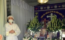 Hoài Linh lộ diện trong đám tang bố sau hơn 4 tháng ở ẩn