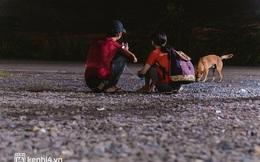 Đôi chân phồng rộp trên hành trình đi bộ hồi hương của những lao động nghèo, cả gia đình 4 người chỉ có 7.000 đồng dắt lưng