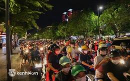 TP.HCM: Tụ tập ở phố đi bộ Nguyễn Huệ, nhiều người bị xử phạt