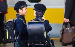 """""""Tội Meiwaku"""": Bí quyết người Nhật giáo dục trẻ em vững vàng, tự chủ, nói """"Không"""" với mè nheo, làm phiền người khác"""