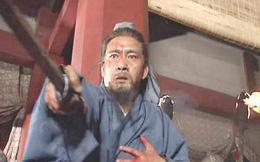 Quan Vũ bị tiêu diệt, bộ hạ dưới trướng giả chết lừa quân Ngô để về đất Thục, sau này trở thành trụ cột của nhà Thục Hán