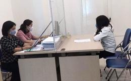 """Phao tin giả trên Facebook về bệnh nhân Covid-19 có lịch trình """"tay vịn"""", một người bán hàng online tại Hà Nội bị phạt 7,5 triệu đồng"""