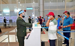 Xét nghiệm COVID -19 toàn bộ nhân viên tại các sân bay