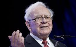 """Huyền thoại đầu tư Warren Buffett vừa gia nhập """"Câu lạc bộ 100 tỷ USD"""" cùng """"ông bạn thân"""" Bill Gates"""