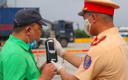 Ra quân xử lý lái xe vi phạm nồng độ cồn toàn quốc: Không né tránh xe biển xanh, công vụ