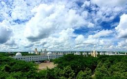 """Một trường """"Đại học cung điện"""" độc nhất vô nhị, ở Việt Nam mà cứ tưởng lạc tới trời Âu, có cả công viên giải trí siêu hoành tráng"""
