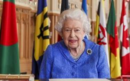 """Sau tất cả, Nữ hoàng Anh vẫn không giận Harry, vợ chồng Công nương Kate tiếp tục lộ diện thách thức """"cơn bão"""" nhà Sussex"""