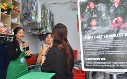 """Ước mơ làm nhà báo không thành, người phụ nữ khiếm thính mở tiệm giặt là """"đặc biệt"""" giữa Hà Nội"""