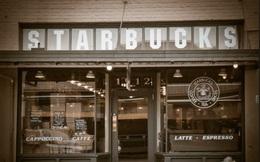 """Hành trình từ con số 0 đến thương hiệu """"Starbucks"""" tỷ đô của Howard Schultz: Được học đại học nhưng phải bỏ ngang, có khi phải bán máu để sống qua ngày, thành công gói gọn trong hai gạch đầu dòng"""