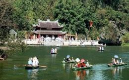 Hà Nội mở lại phố đi bộ quanh Hồ Gươm từ 12/3, đón khách tới Chùa Hương từ 13/3