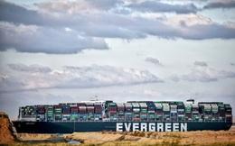 Tàu Ever Given vẫn đang 'mắc kẹt' tại kênh đào Suez