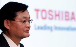 Trước tin bán mình với giá 20 tỷ USD, CEO Toshiba bất ngờ từ chức