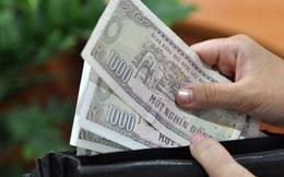 """""""Vua tiền tệ"""" bóc mẽ tờ 1.000 đồng cũ nát hét giá 140 triệu: Ảo như thổi giá lan đột biến"""
