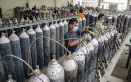 'Người hùng Covid-19' ở Ấn Độ: Dừng kinh doanh cả nhà máy, bán oxy với giá 1 Rupee/bình cho dân dù giá trên chợ đen gấp 30.000 lần