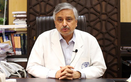 """Giữa thảm họa, chuyên gia Y tế cao cấp Ấn Độ nói """"Covid-19 là căn bệnh nhẹ, không cần hoảng sợ"""" khiến cộng đồng dậy sóng"""
