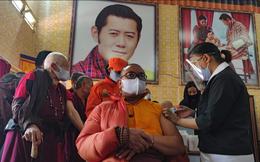 Quốc gia hạnh phúc Bhutan khiến thế giới kinh ngạc: Tiêm chủng cho hơn 50% dân số trong 1 tuần chỉ với 37 bác sĩ