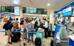 Hoàn, hủy vé máy bay: Nhớ đòi lại tiền các loại phí