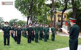 """Ảnh: Gần 140 quân y """"hành quân"""" tới Bắc Giang và Bắc Ninh hỗ trợ dập dịch"""