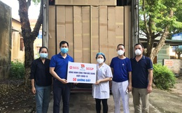 Tập đoàn SCG thần tốc làm ra 100 giường giấy tặng bệnh viện dã chiến Bắc Giang, từ 100% giấy tái chế, dễ vận chuyển và lắp đặt