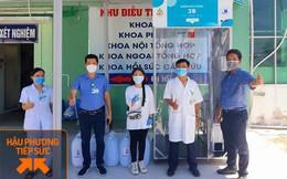 Người từng mắc Covid trả ơn tuyến đầu chống dịch: Sản xuất hàng ngàn can nước sát khuẩn, chế tạo buồng khử khuẩn phun sương, trao tặng các bệnh viện và khu cách ly