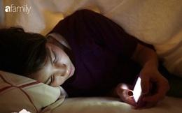 Thời điểm nguy hiểm nhất trong ngày bạn không nên dùng điện thoại vì có thể làm hỏng võng mạc, gây trầm cảm và ung thư