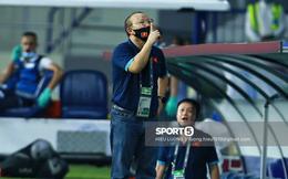 HLV Park Hang-seo bị cấm chỉ đạo trận UAE