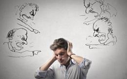 """4 cách tiêu diệt """"kẻ đánh cắp"""" sự tự tin mang tên """"tự nghi ngờ bản thân"""""""