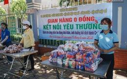 """Những """"gian hàng 0 đồng"""" mùa dịch: Người Sài Gòn vừa giàu vật chất vừa giàu tình nghĩa!"""