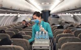 Vietnam Airlines dự kiến lỗ 10.000 tỷ đồng 6 tháng đầu năm, nợ quá hạn 6.240 tỷ đồng và đang bên bờ vực phá sản