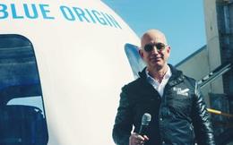 Chưa kịp bay lên không gian, Jeff Bezos đã bị hàng nghìn người muốn cấm trở về Trái Đất