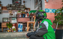 Giữa bão Covid-19, Gojek hỗ trợ freeship các khu đông dân cư, tặng thêm mỗi tài xế Hà Nội 100.000 đồng, tài xế TPHCM 150.000 đồng