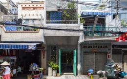 """Ngôi nhà """"nguỵ trang"""" độc đáo nhất Sài Gòn, bên ngoài xập xệ cũ nát nhưng bên trong lại là kiệt tác giữa lòng thành phố"""