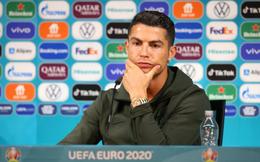 Đu trend Ronaldo, hãng nội thất nổi tiếng thế giới cho ra mắt sản phẩm ăn theo, giá bằng bát phở