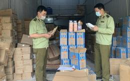 Thu giữ hàng tấn nguyên liệu trà sữa mang thương hiệu Royal Tea, Gong Cha... không rõ nguồn gốc