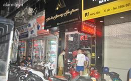 """Hơn 10 giờ đồng hồ kiểm kê """"tổng kho"""" nước hoa tại Hà Nội"""