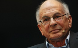 """Lời khuyên của người đoạt giải Nobel Daniel Kahneman: Đừng bao giờ tin vào trực giác của mình, trừ khi bạn nói """"Có"""" được với 3 câu hỏi"""