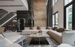 Biệt thự 4 tầng giá 25 tỷ của cặp vợ chồng Hà Nội: Nội thất toàn đồ hiệu đắt đỏ, dành hẳn 1,3 tỷ cho 1 chi tiết