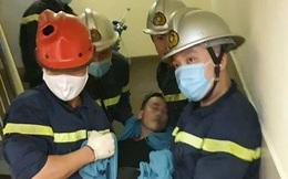 Hà Nội: Giải cứu nam thanh niên 22 tuổi bị kẹt đầu trong thang máy vận chuyển đồ ăn