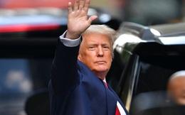 Cựu Tổng thống Donald Trump đóng cửa trang blog cạnh tranh với Facebook và Twitter